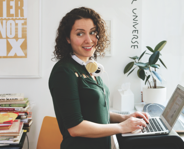 Maria Popova (Photo by Anna Wolf for Dumbo Feather)
